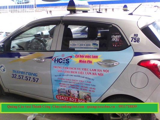 Quảng cáo trên xe taxi Thành Công