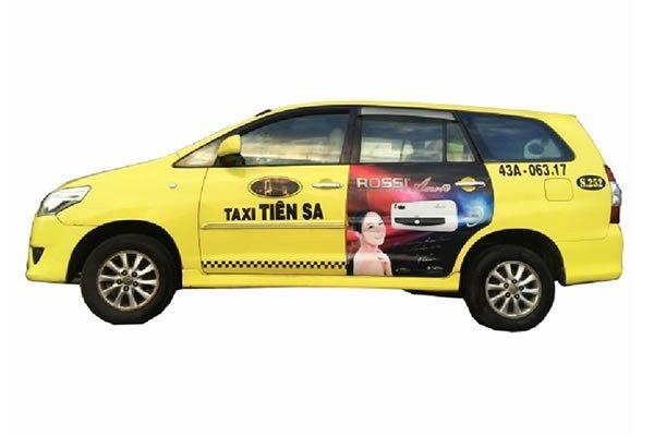 Quảng cáo trên xe taxi Tiên Sa