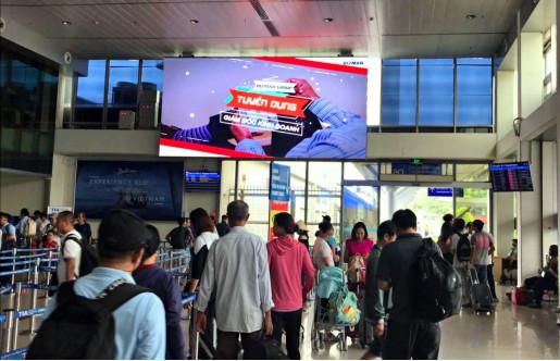 Khu vực xếp hàng chờ kiểm tra an ninh của Ga đi Vietjet Air